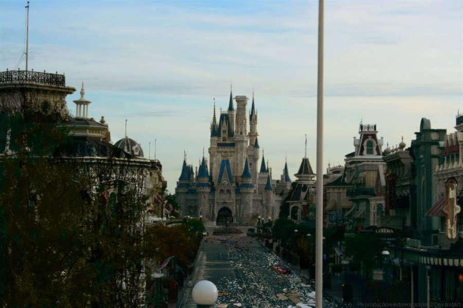 Como seriam os parques da Disney se estivessem abandonados?