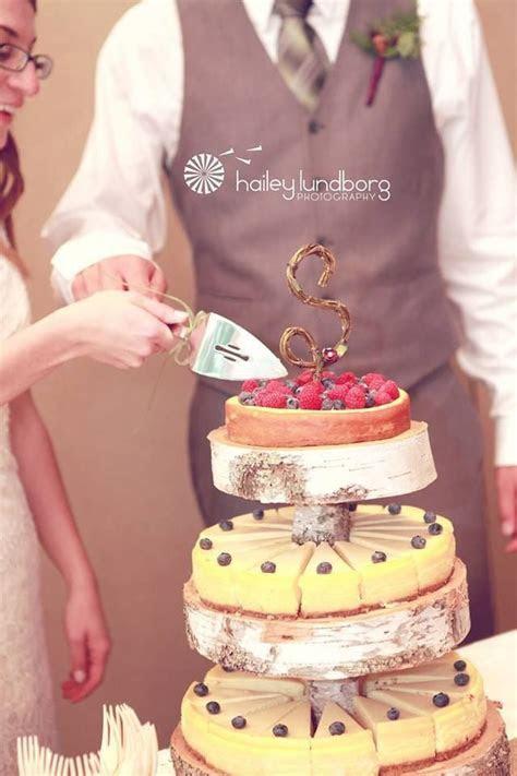 8 Amazing Cheesecake Wedding Cakes & Ideas   WEDDING CAKES