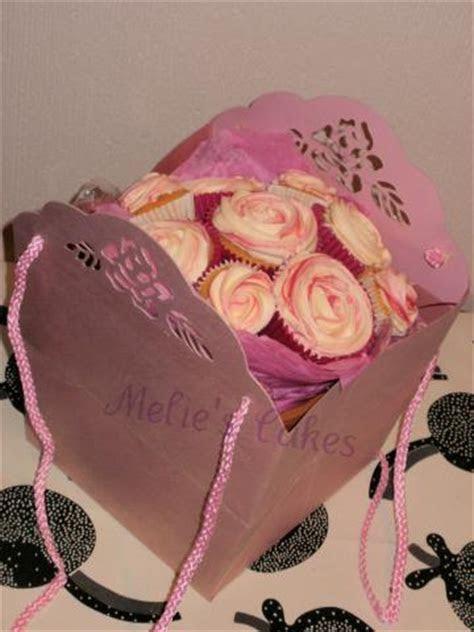 Melie's Cakes (Essex) bouquet