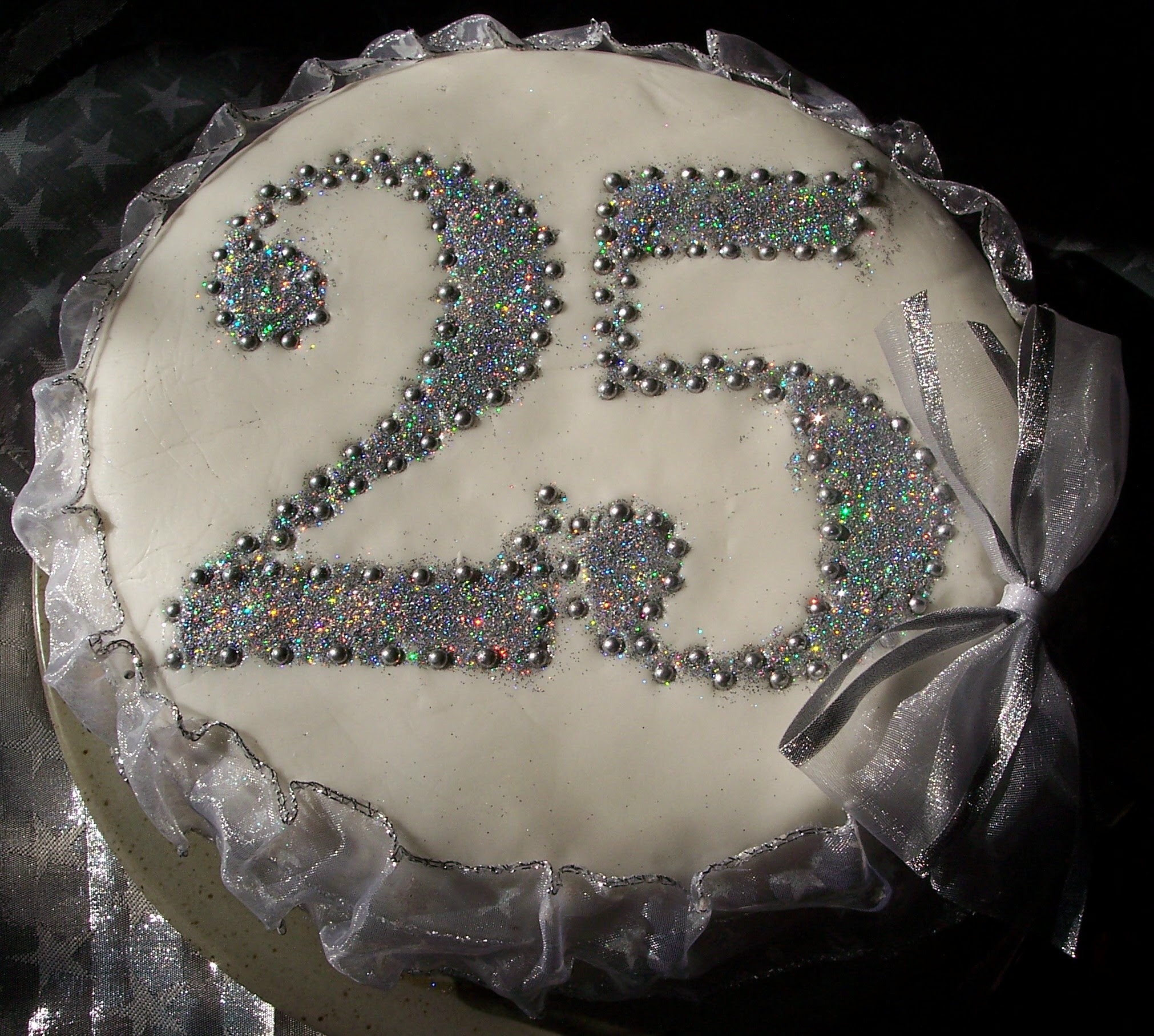 Special Occasion Cake – Silver Wedding Anniversary | Meanderings