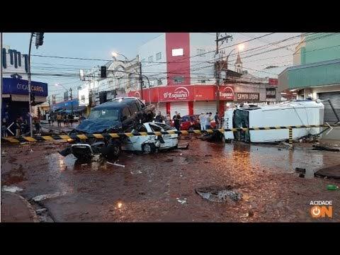 WEB TV ESPINHA DE PEIXE - São Carlos - SP: Chuva causa alagamentos e arr...