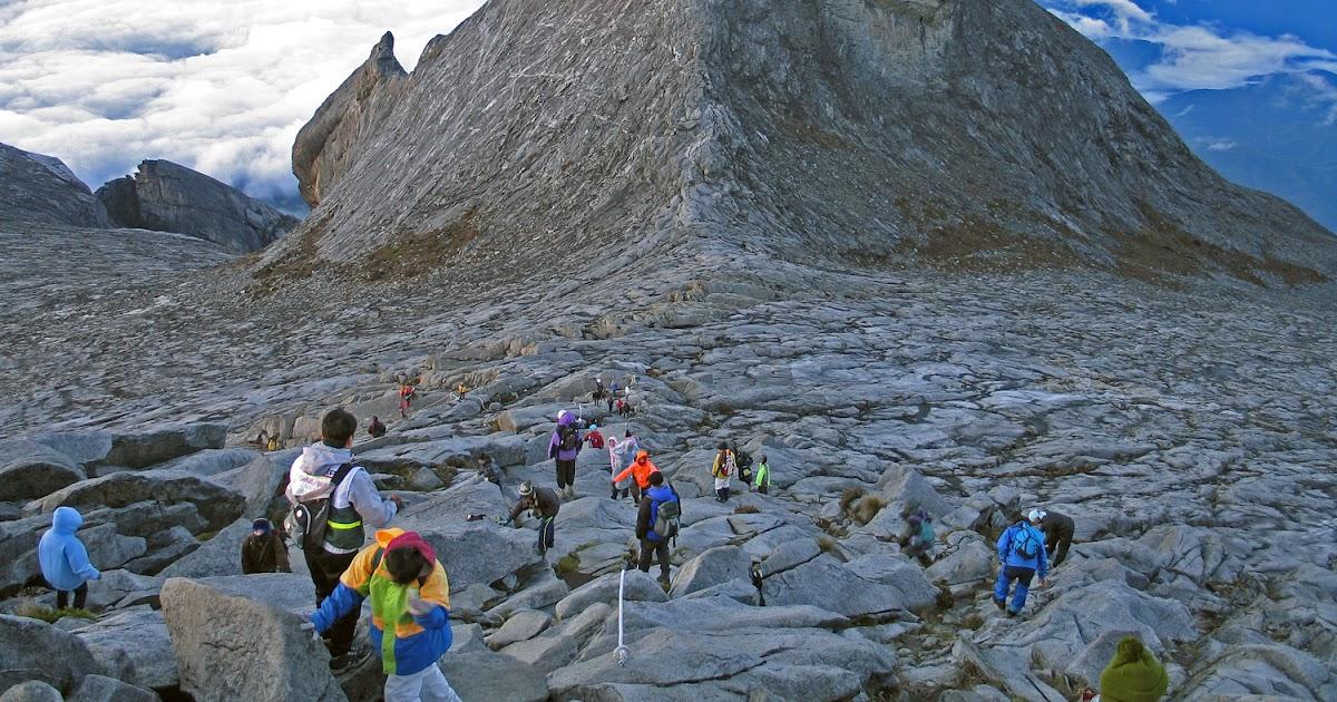Pengetahuan 8 Puncak Gunung Tertinggi Yang Ada Di Malaysia