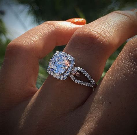 25  best ideas about Diamond Engagement Rings on Pinterest