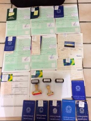 Suspeitos de fraudar requerimentos de seguro-desemprego são presos na BA e em PE (Foto: Divulgação/Polícia Federal)