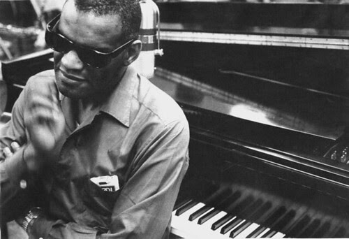 Ray Charles - what a face!