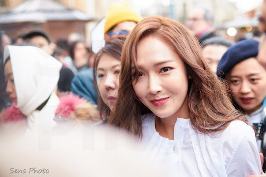 Jessica Jung à Paris pour la Fashion Week - Sens Photo