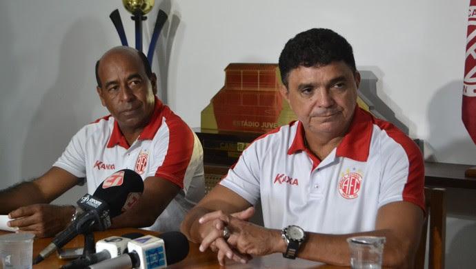 América-RN - Carlos Moura Dourado, executivo de futebol - Flávio Araújo, técnico (Foto: Jocaff Souza/GloboEsporte.com)