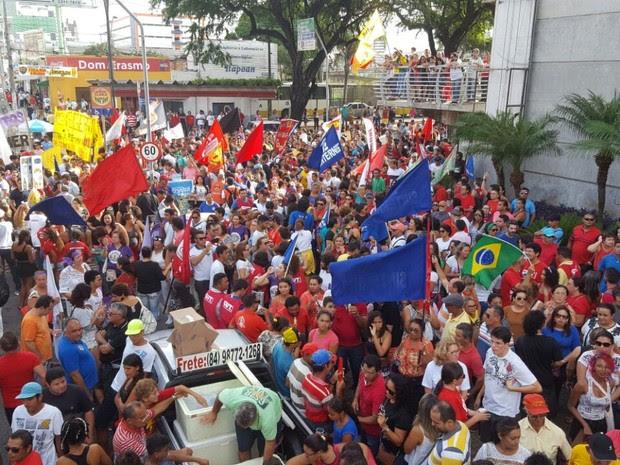 Protesto Natal (Foto: Thyago Macedo/G1)
