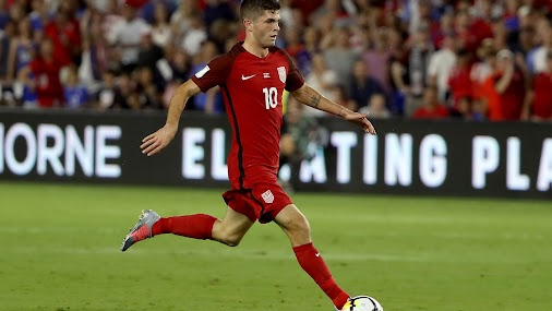 SPORT: US rout Panama, edge closer to World Cup - Christian Pulisic #10 of the United States drive down...