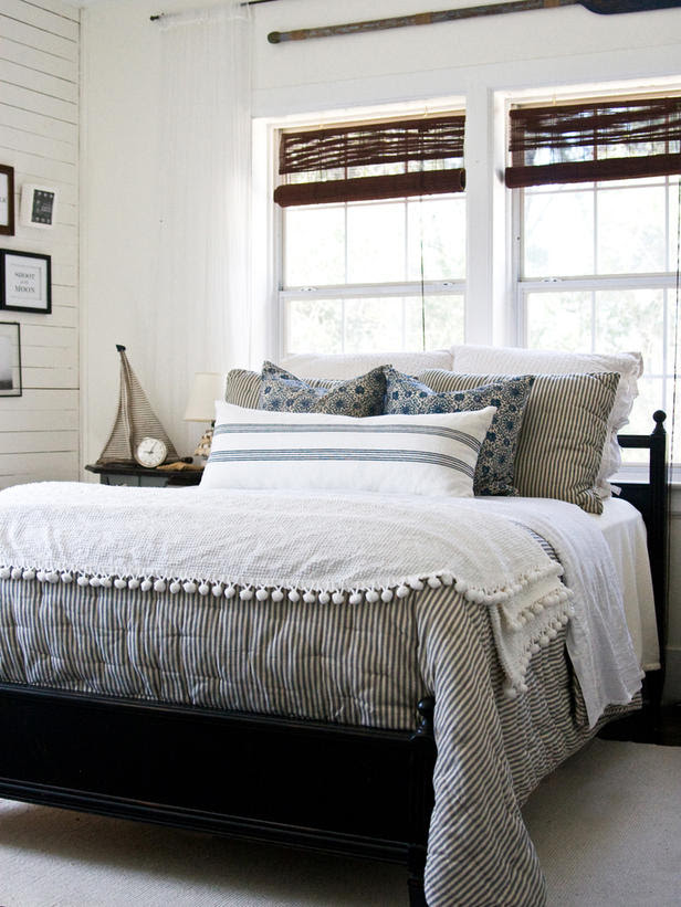 Bedroom-Design-Guide_LaylaPalmer-cottage-chic-bed_s3x4_lg ...