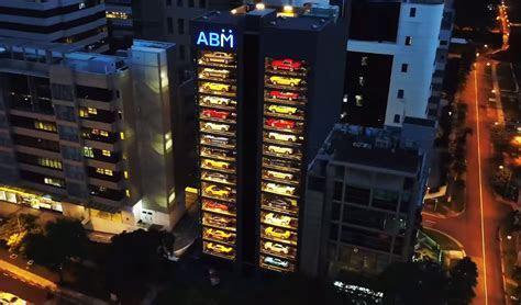 Supercar Vending Machine Opens Up   Serves Up Ferraris, Lamborghinis and More