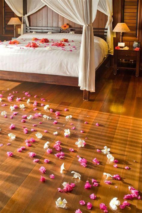 17 Best images about Romantic Honeymoon Suite Decor on