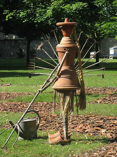 Rivau - famille Pots de fleurs-Jardiniere- 21-07-08
