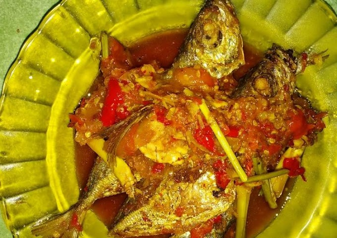 Resep Ikan kembung sambal tomat Bikin Nagih