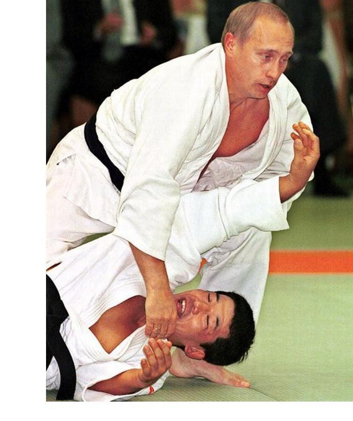 http://www.jpattitude.com/Images/PutinObama/PutinJudo.jpg