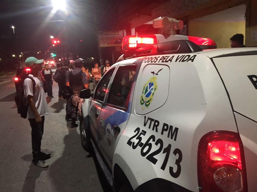 Crime ocorreu na Avenida Sumaúma, na Zona Norte de Manaus (Foto: Indiara Bessa/G1 AM)
