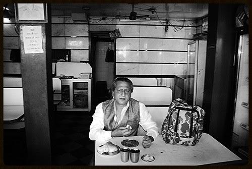 Kheema Pao At Pahelvi Irani Joint At Bandra Bazar Road by firoze shakir photographerno1