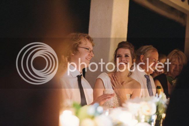 http://i892.photobucket.com/albums/ac125/lovemademedoit/welovepictures%20blog/BushWedding_Malelane_060.jpg?t=1355997387