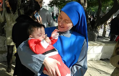 Argentine nun heads to Syria after Pope's call to peripheries
