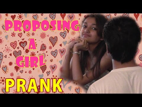 Proposing A Girl In A Restaurant - Prank Video
