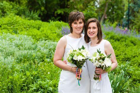 I Photographed a Rainy Wedding Day at Tracy Aviary   dav.d