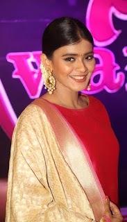 Heeba Patel at Apsara Awards 2016 Pics