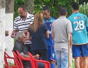 Ronaldinho Patricia Amorim treino Flamengo (Foto: Richard Souza / Globoesporte.com)