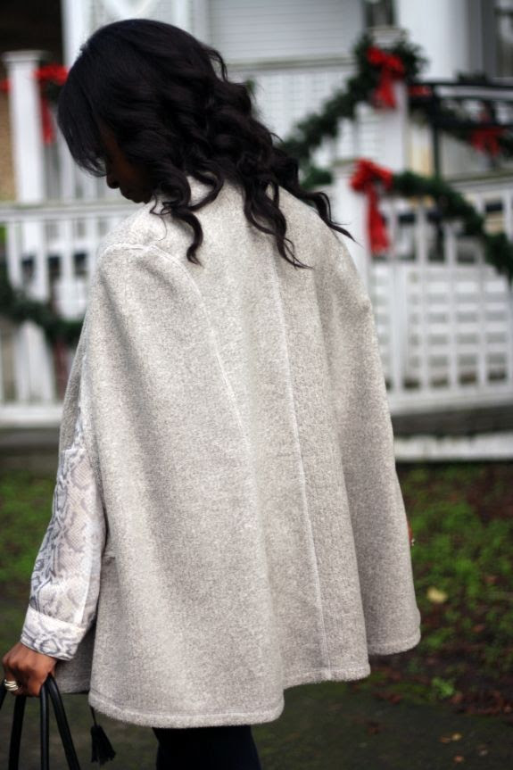 photo anthropologie_grey_cape.jpg