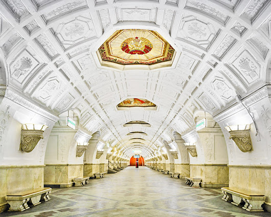 Moscow's Gallery-Like Metro Stations Photographed While Completely Empty