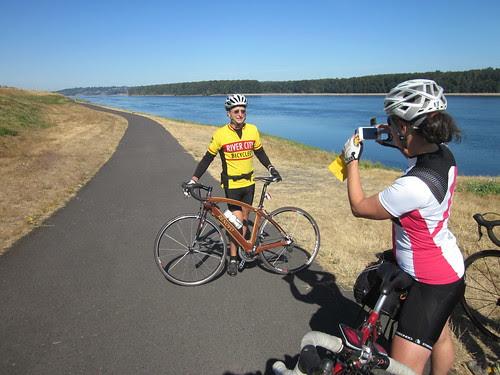 Susan ran into a friend on the Marine Dr bikepath