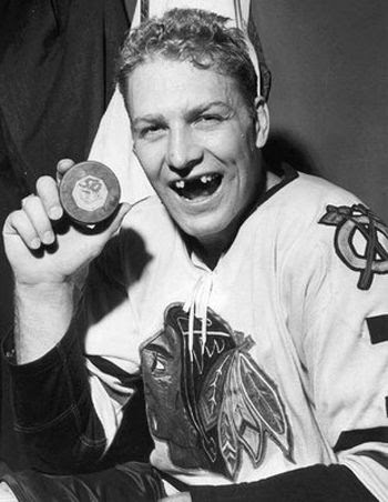 Bobby Hull 50 goals