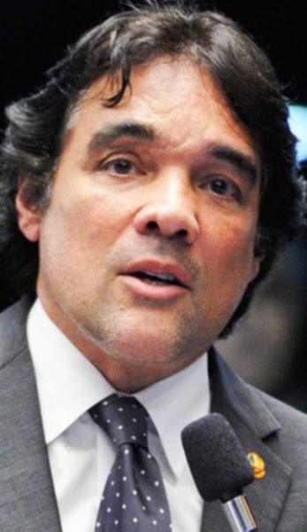 Lobão Filho entende que postura de Flávio Dino atrapalha