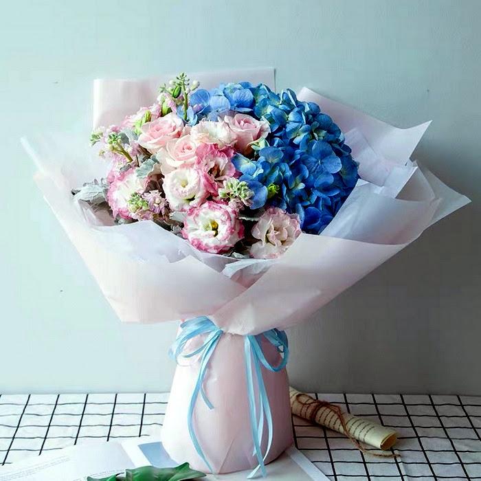Blue Flowers Birthday Flowers Hand Bouquet Giftsflorist2000