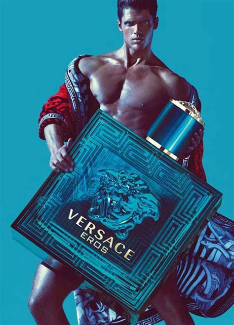 1000  images about Gianni Versace on Pinterest