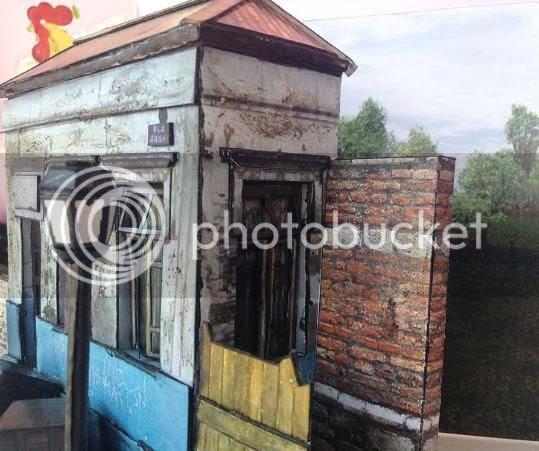 photo brazilian_abandoned_house_papermau001_zpsd694d4c7.jpg