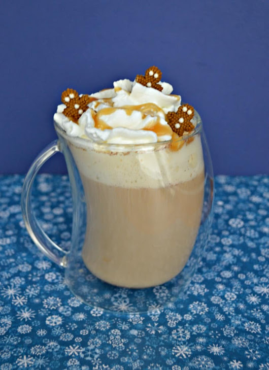 Gingerbread Spice Caramel Latte #ChristmasSweetsWeek - Hezzi-D's Books and Cooks
