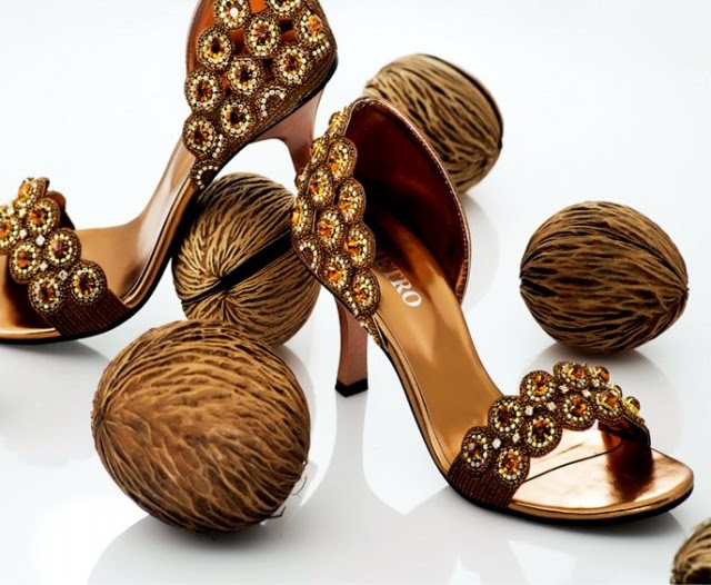 Girls-Womens-Beautiful-Fancy-High-Shoes-Eid-Footwear-Collection-2013-by-Metro-Shoes-1