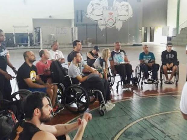 Cadeirantes recebem aulas gratuitas na Polícia Militar do RJ (Foto: Divulgação / Polícia Militar)