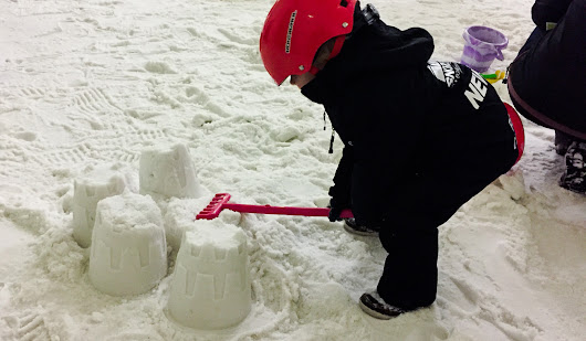 Xscape Castleford Sno-Zone - Toddler Snow Play Family Things to do