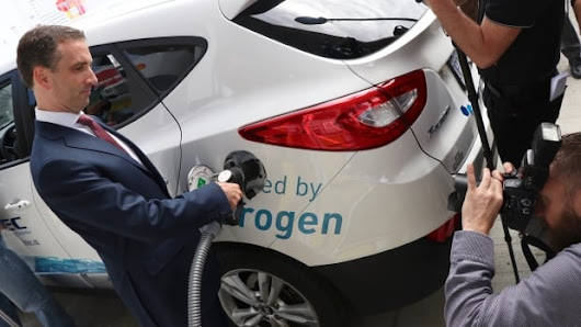Canada's first retail hydrogen fuelling station opens in Vancouver | CBC News