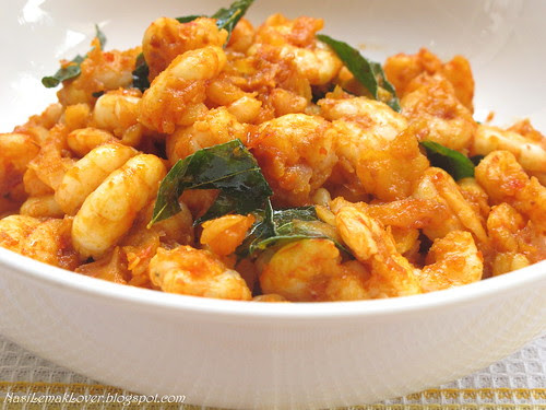 Fragrant stir fried curry shrimps