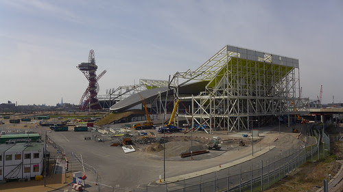 Life inside the london 2012 olympic park london olympics - Queen elizabeth olympic park swimming pool ...