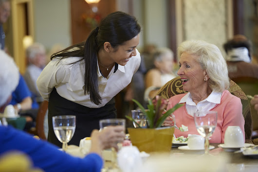Senior Nutrition: Tips for Helping Loved Ones with Dementia Find Their Appetite