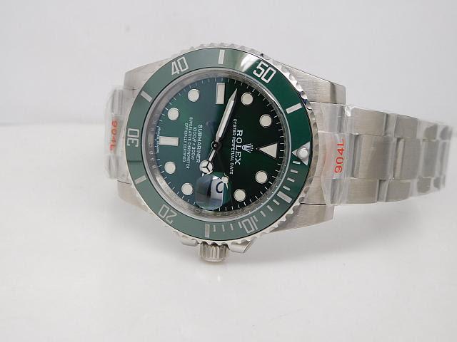 Noob V8 Rolex Submariner 116610LV Ceramic Bezel
