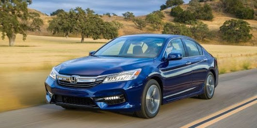 Victory Honda of Muncie | Powerful, fuel-efficient 2017 Honda Accord Hybrid available now at Victory Honda