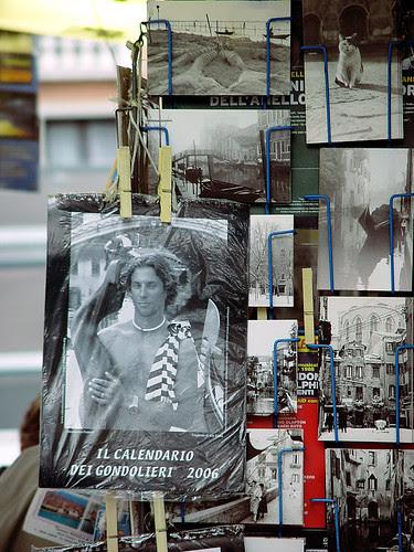 威尼斯到處可見以貢多拉船伕為主題的2006月曆