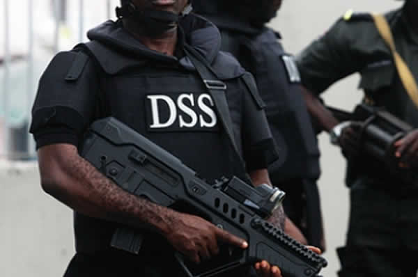 DSS stops reporters from covering Nnamdi Kanu's trial