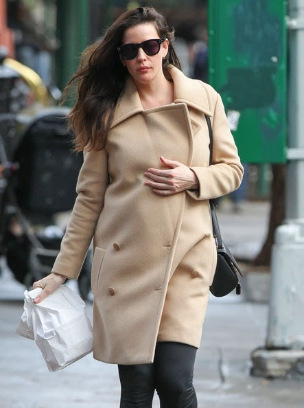 Pregnant actress Liv Tyler spotted out getting lunch to-go in New York City, New York on November 24, 2014. Liv got two bags of food since she is eating for two now.