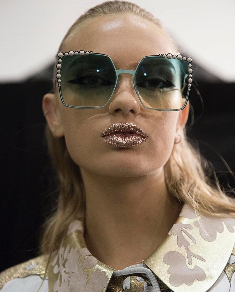 Glitter lips @ fendi ss17
