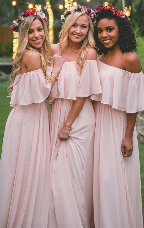 33 idées de robes de demoiselle d'honneur chic pour mariage